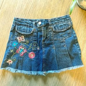 Circo Girls Embroidered Denim Mini Skort  Sz. 4/5